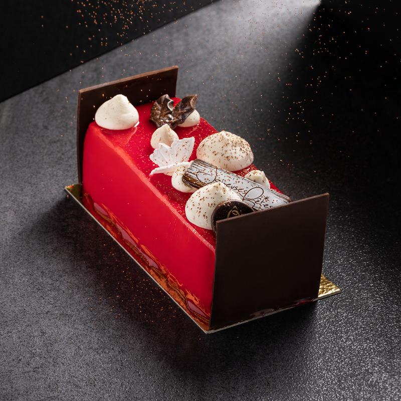 Bûche de Noël 2020, patissier O Délices Beaumont Monteux, crédit photo Marie Ismalun, www.mi-studiophoto.fr, chocolat, chocolat Valrhona